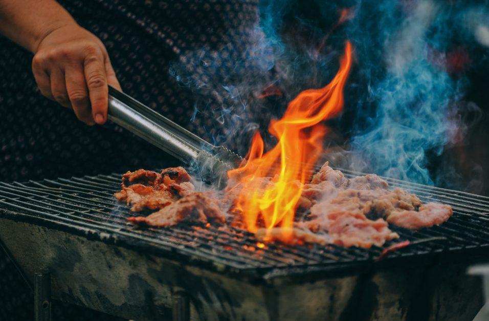 come-organizzare-barbecue-in-giardino